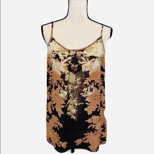C Abi | large |  L | Dark Floral flowy Tank Top